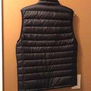 Patagonia Jackets & Coats - NWOT Patagonia vest